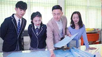 学技术就选云南新华 好学校成就好未来